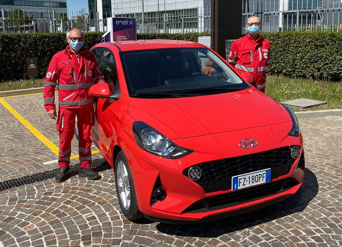 Nuova_Hyundai_i10_Croce_Rossa_Italiana__2_