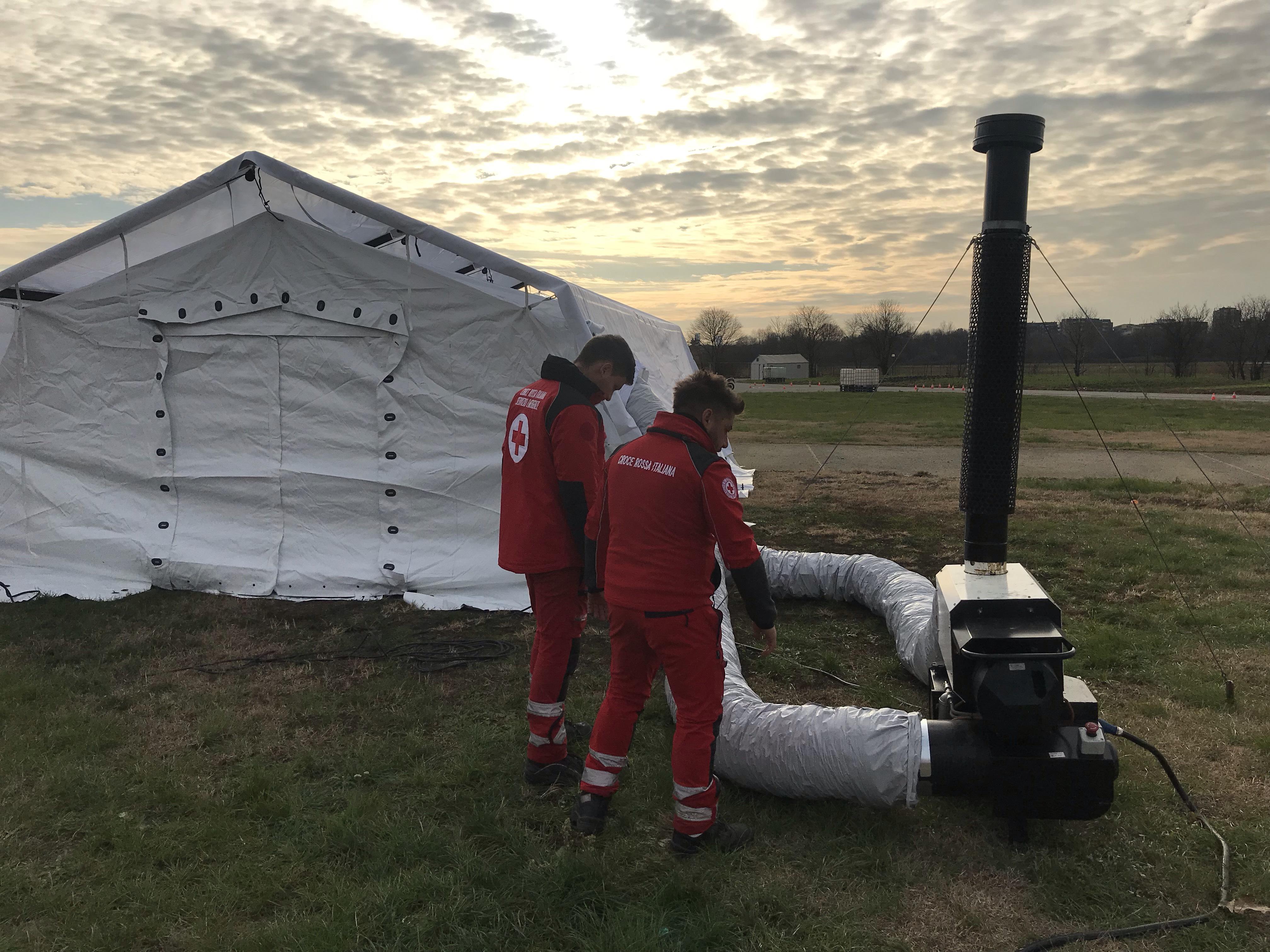 Allarme attacchi e inondazioni: ieri l'esercitazione della Croce Rossa tra Bresso, Genova, Roma e Rimini