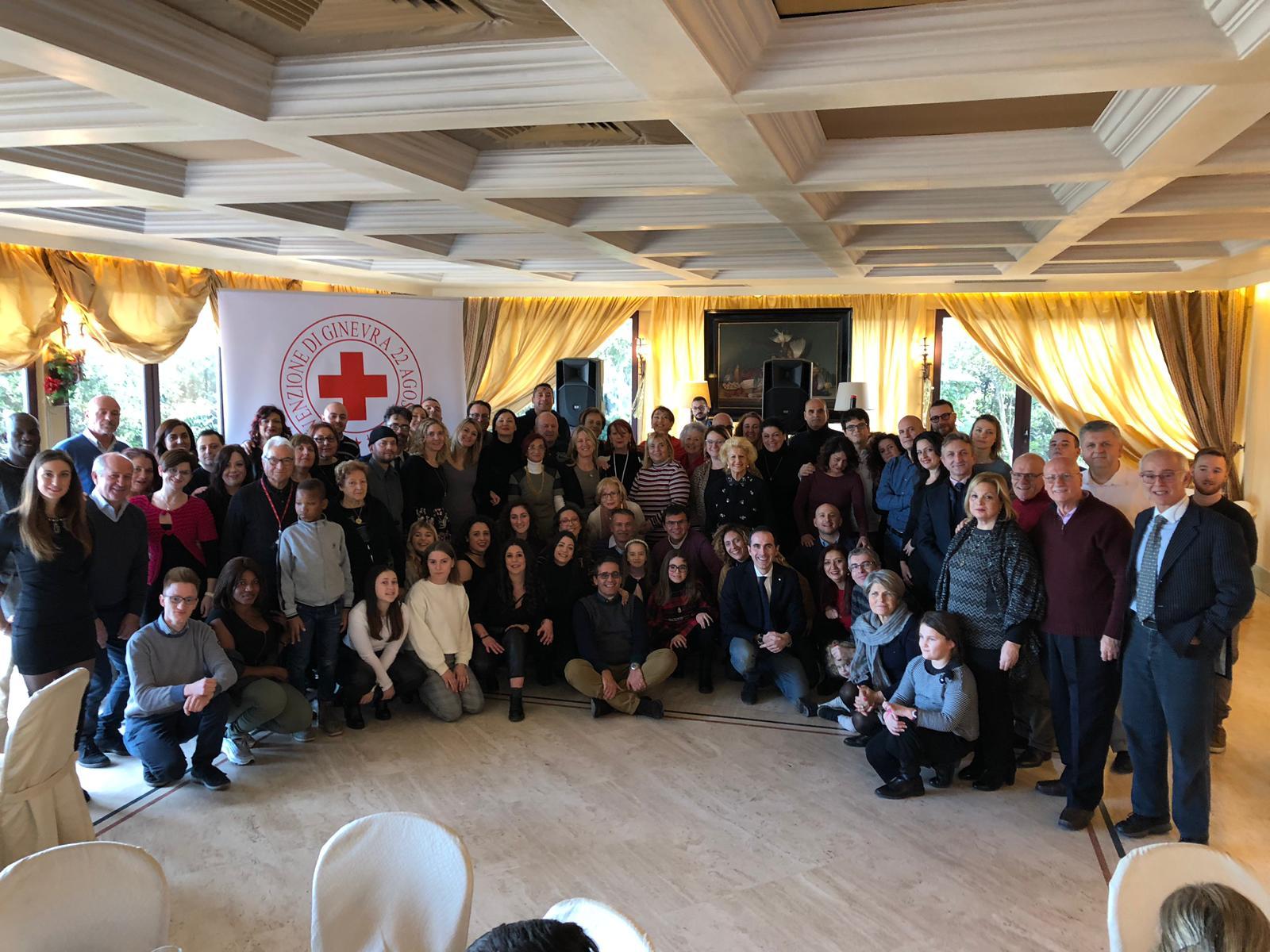 Cri Pescara, consegnato un defibrillatore donato dalla famiglia Sargiacomo