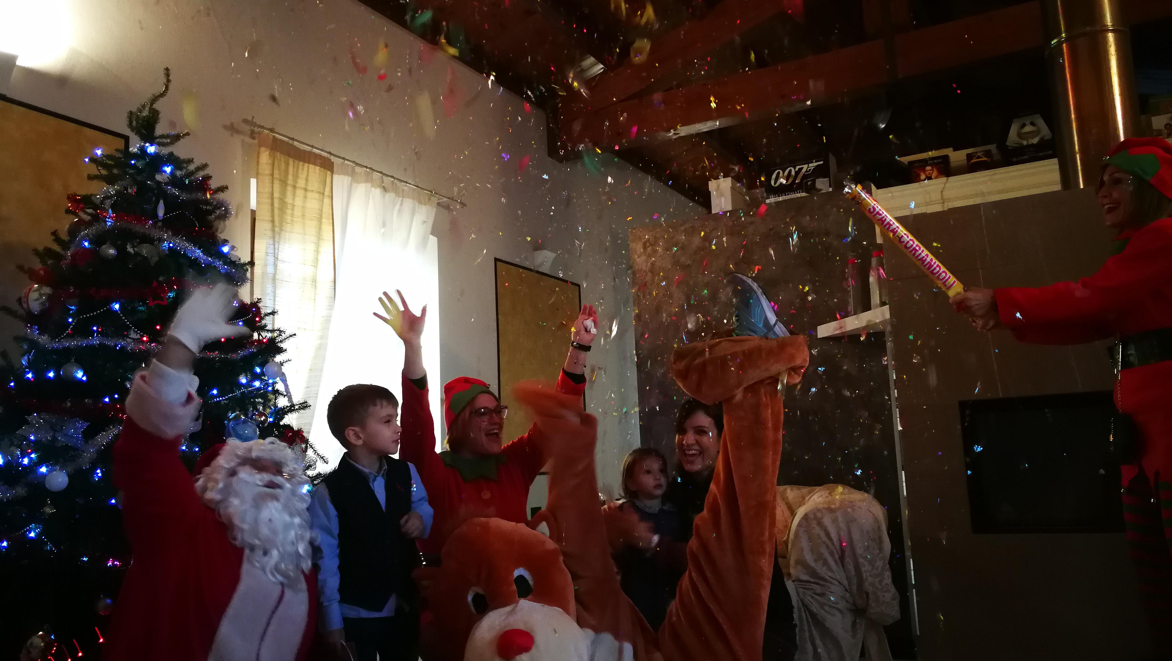 """I """"Babbo Natale CRI"""" si preparano per la notte delle consegne"""
