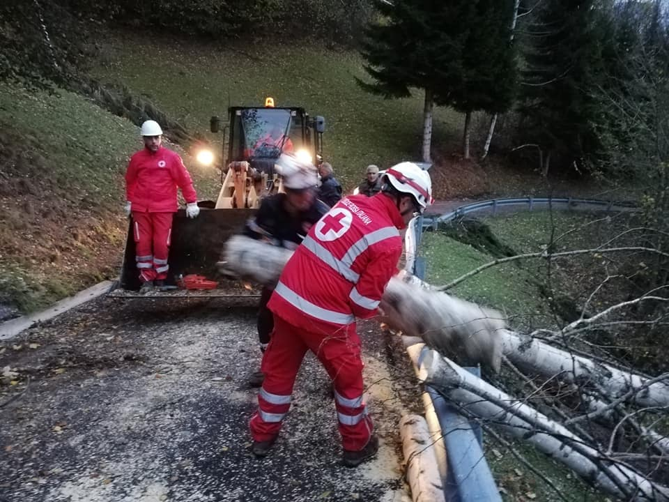 Maltempo, continua l'allerta. Situazione critica in Veneto: CRI al lavoro sul territorio